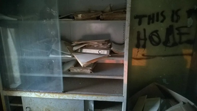 Lots of documents are left here