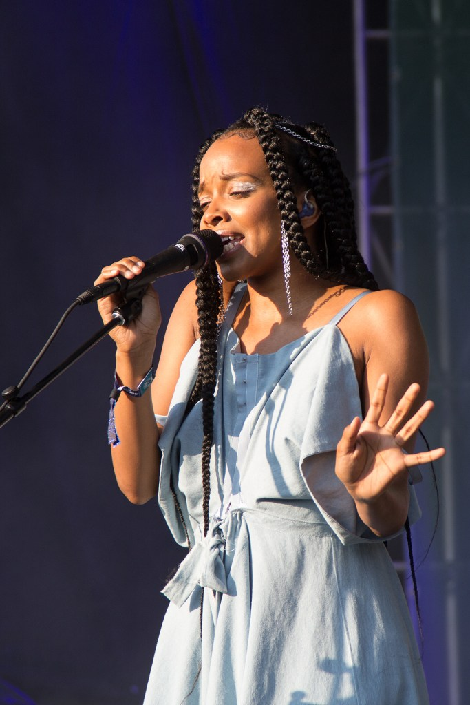 Image of Jamila Woods performing at Pitchfork