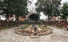Louisville secret garden