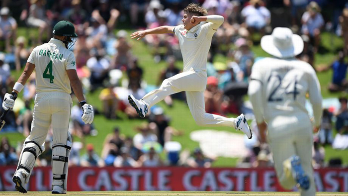 Sam Curran bags four wickets to spur England on against South Africa