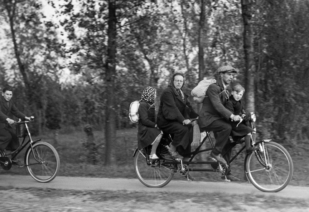 Bicycle tandem