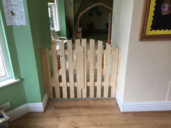 Child Safety Gates Urmstonhandyman 07854358379 Lee