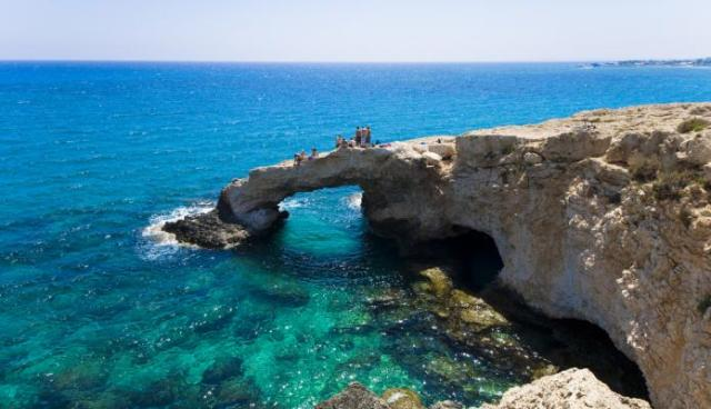 مدينة ايانابا من اجمل المناطق السياحية في قبرص اليونانية - صور جزيرة قبرص سياحة