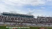 NASCAR, IndyCar, endurance, vous aimez les courses américaines et vous souhaitez en discuter avec d'autres fans francophones, alors n'hésitez rejoignez-nous sur Discord.