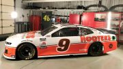 Chase Elliott honorera Alan Kulwicki à Darlington
