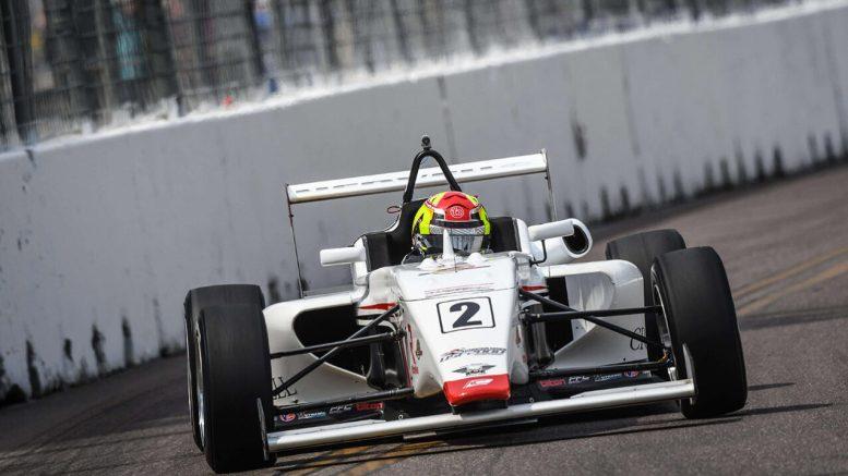 Thomas Nepveu en piste sur le célèbre circuit d'Indianapolis