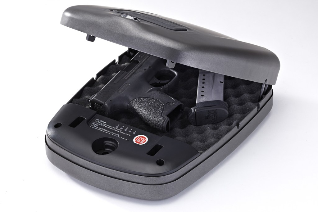 Hornady RFID Rapid Safe 2600 for sale. This simple safe works in the car, in the home as a concealed gun safe and it's also TSA approved gun vault for travel.