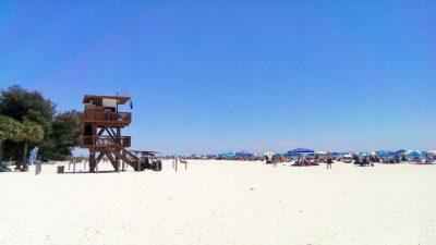 Aussichtsturm am Strand von Anna Maria Island in Florida