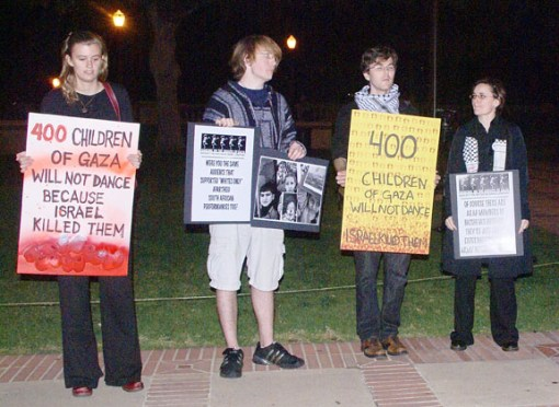 4-youths-w-signs