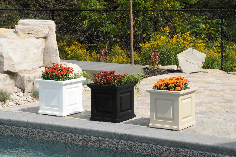 nantucket patio planter 16 x 16