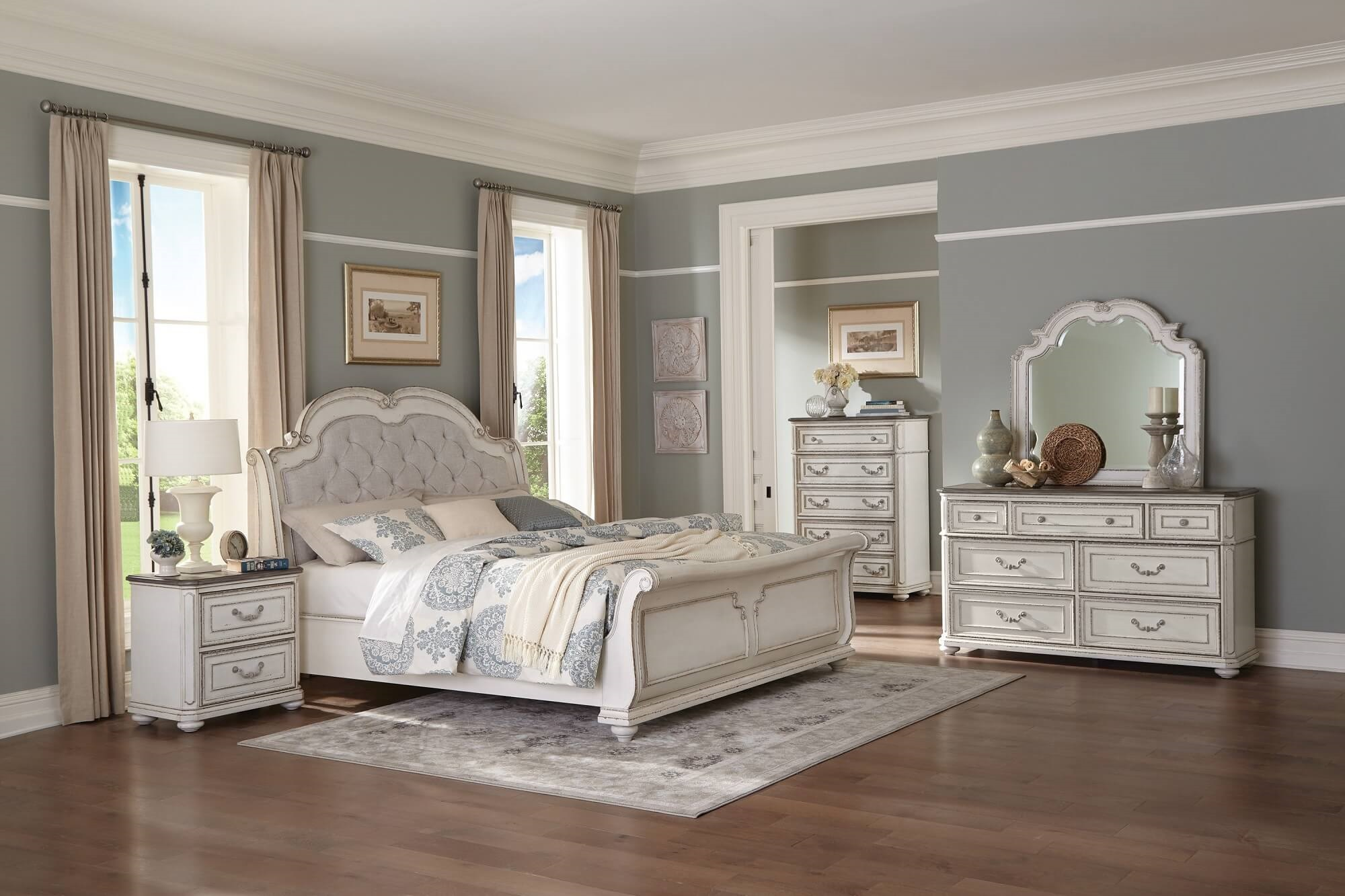4 Piece Willowick Sleigh Bedroom Set Antique White