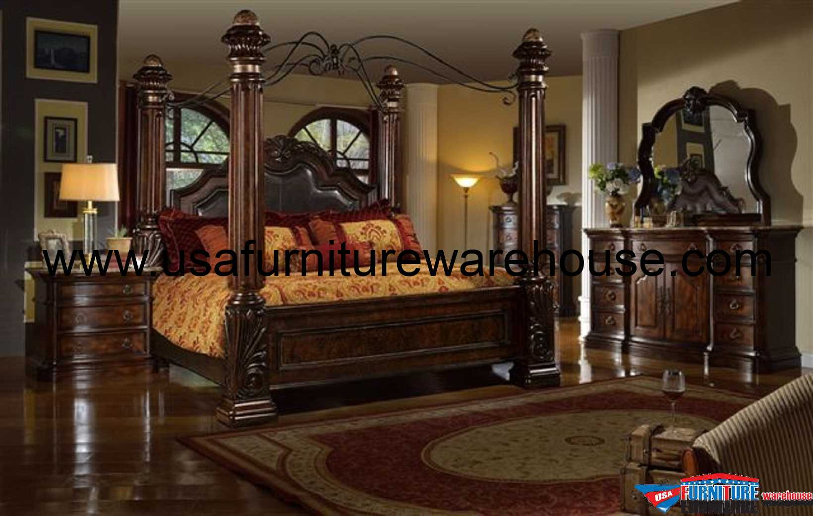 McFerran Castellino Leather Poster Bedroom Set B8000
