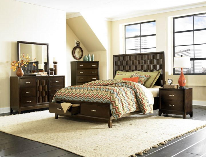 Darien Bedroom Set
