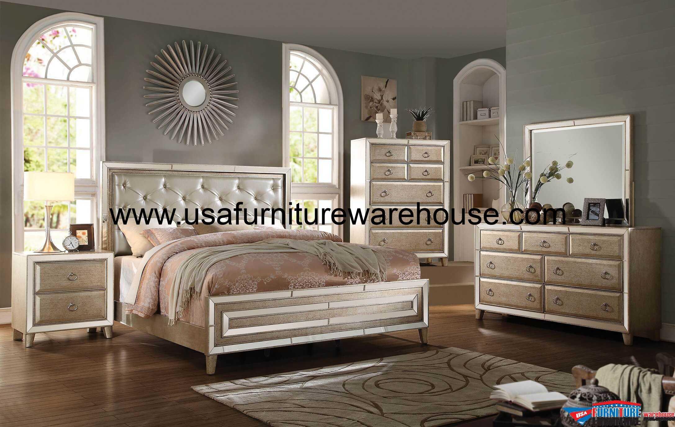 4 Piece Acme Voeville Antique White Mirrored bedroom Set