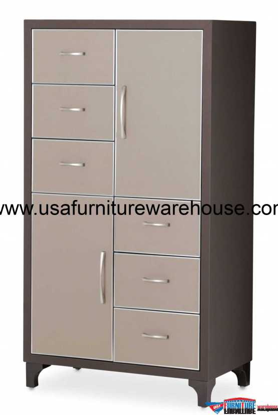 21 Cosmopolitan Taupe 6 Drawer Chest