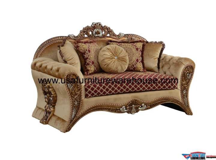 Emperador III Loveseat Red Gold