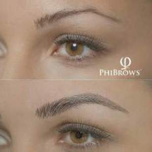 Microblading hair stroke eyebrows
