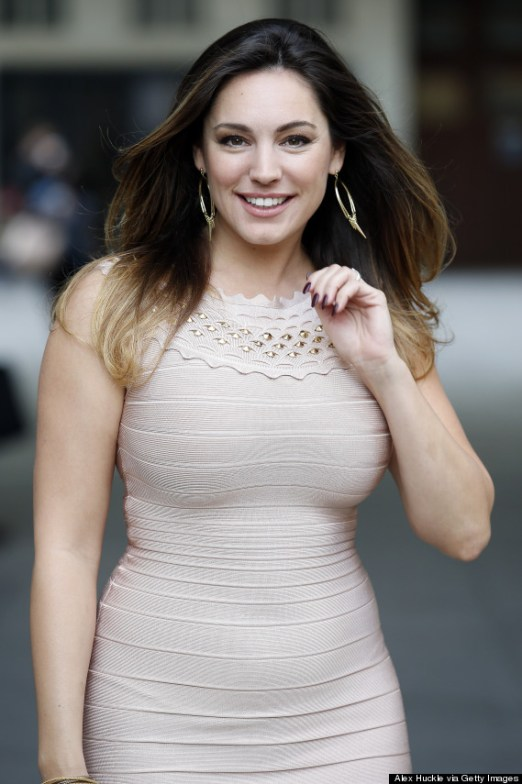 Kelly Brook Weight, Measurements, Biography, Career, and Net Worth