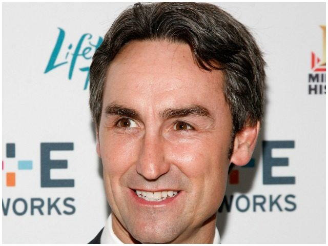 Mike Wolfe Net Worth 2020, Bio, Wiki, Height, Weight, Awards, and Instagram.