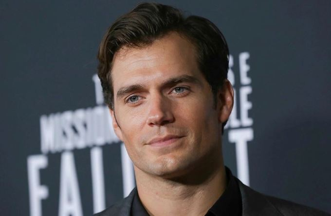 Henry Cavill Net Worth 2020, Biography, Education and Career