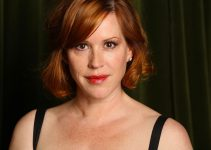 Molly Ringwald Net Worth