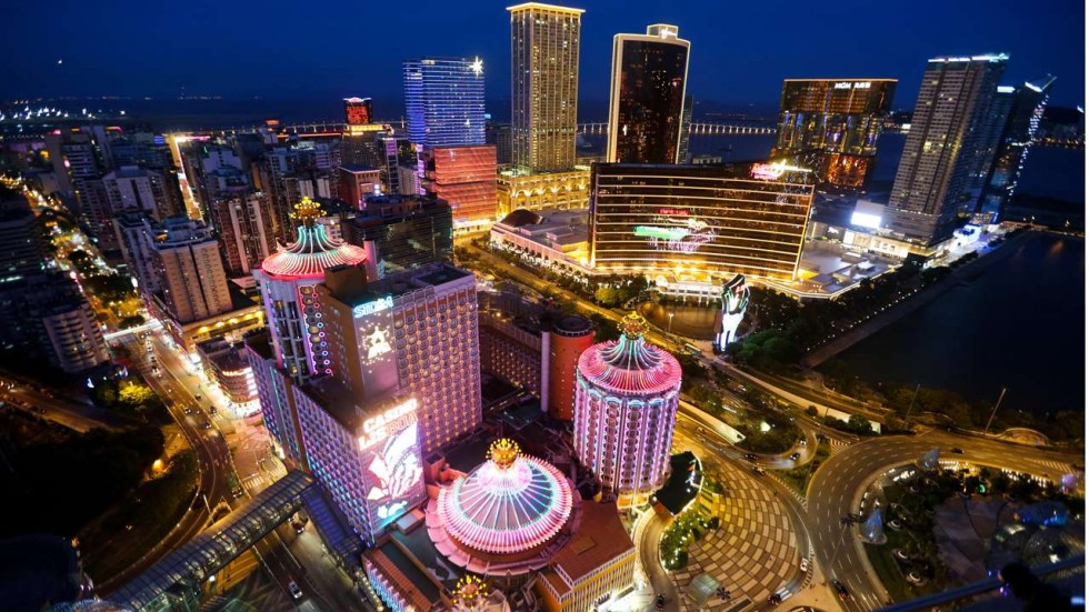 Macau gambling revenue predicted to soar even as clouds linger on the horizon - USA Online Casino