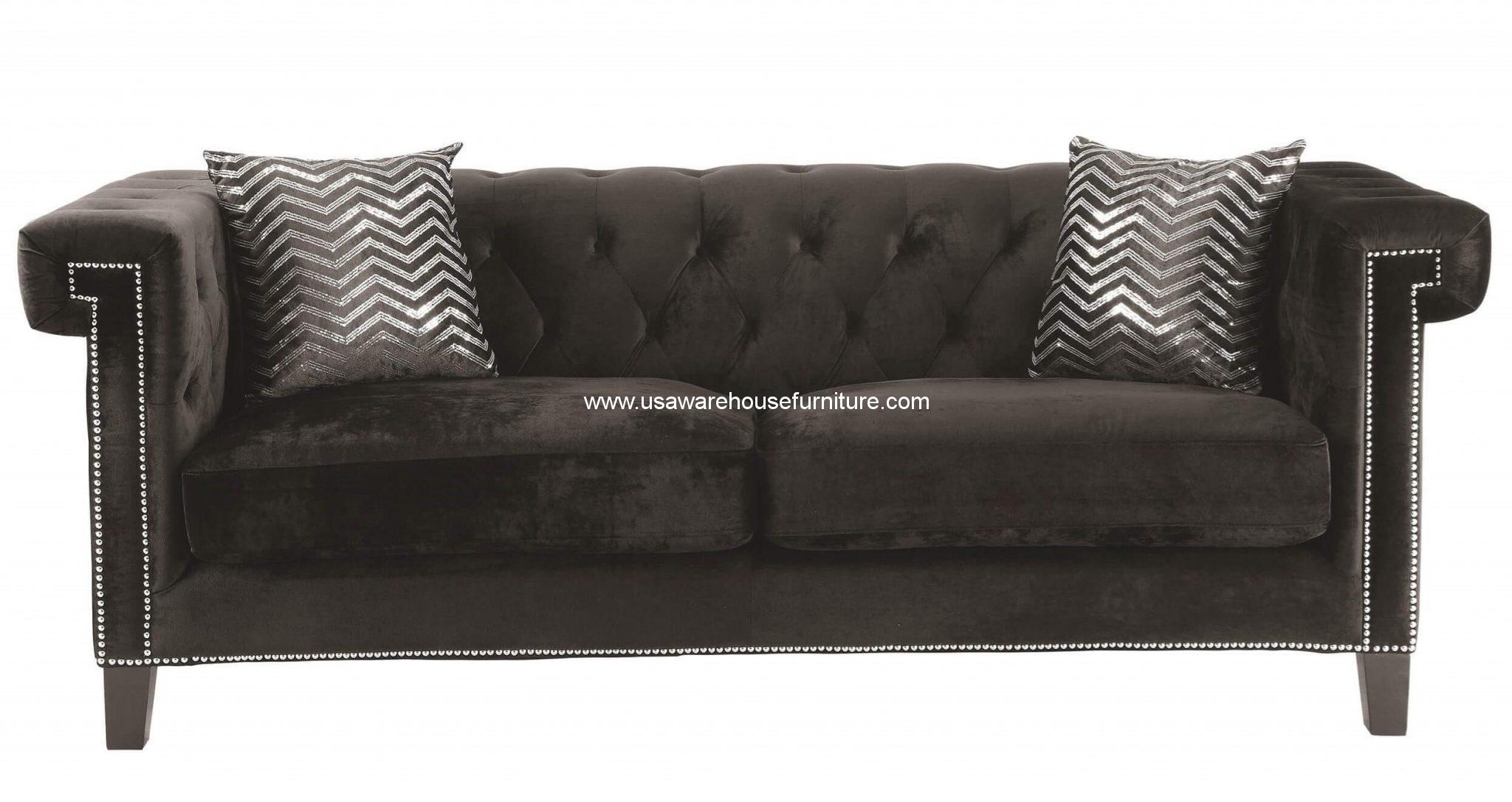 tufted sofa velvet bed uk reventlow button black usa warehouse