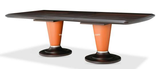 Michael Amini 21 Cosmopolitan Extendable Dining Table