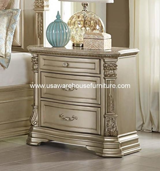 Antoinetta 3 Drawer Nightstand