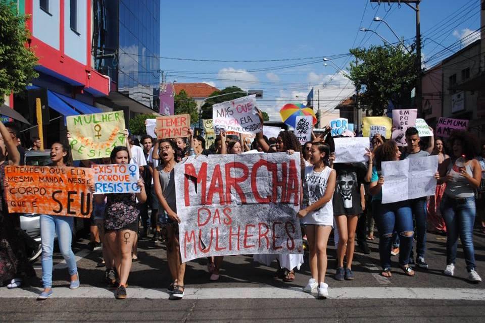 Marcha percorreu as ruas de Bauru contra violência e desigualdades contra as mulheres