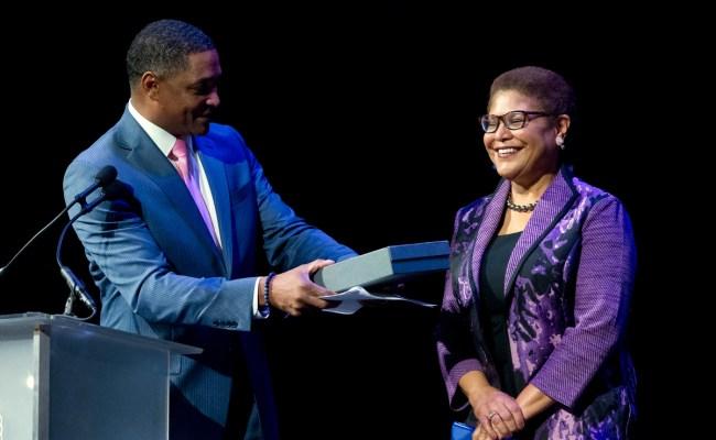 Congresswoman Karen Bass To Deliver Usc Commencement Address