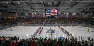 29 Mar 19: The St. Cloud State Huskies play against the American International Yellow Jackets in a 2019 West Regional semifinal matchup at Scheels Arena in Fargo, ND. (Jim Rosvold)