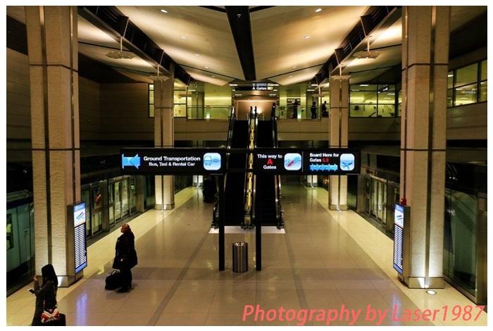 United Airlines波音777-200ER美国境内商务舱体验——UA现阶段高级货 (By 世界上最大的栗子)