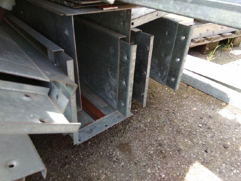 πωλειται Μεταχειρισμένος Σιδερένιος Αλυσομεταφορέας Σταριού Πιτύρων (2)