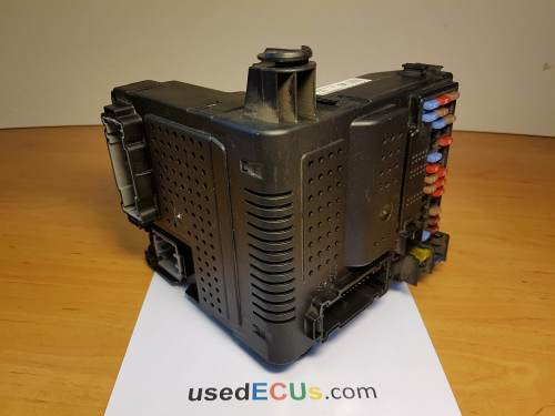 small resolution of volvo v70 xc70 s60 s80 2006 d5 2 4 diesel fuse box article 30728542 12243779 05w053