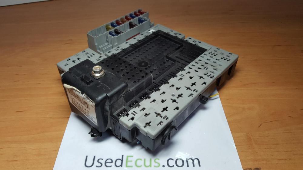 medium resolution of volvo v70 2003 d5 2 4 diesel fuse box fusebox oem 08696040 article 08696040 08696098 9162438