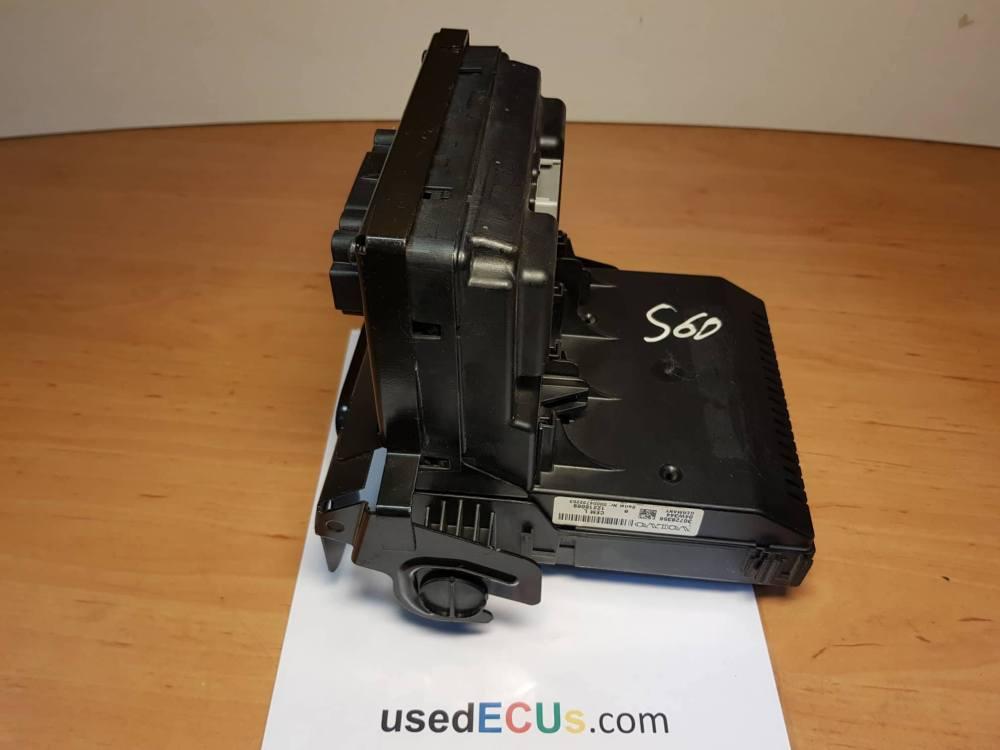 medium resolution of volvo v70 s60 xc70 2005 07 fuse box ecu steuerger t sicherungskasten cem article 30728356 12216069