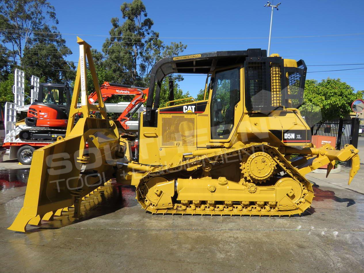 hight resolution of  2281r caterpillar d5n xl bulldozer with stick rake full