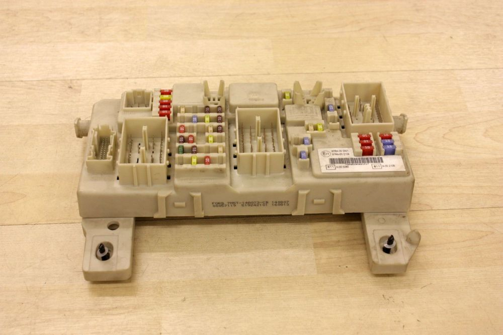 medium resolution of home electrical body control fuse box ford focus