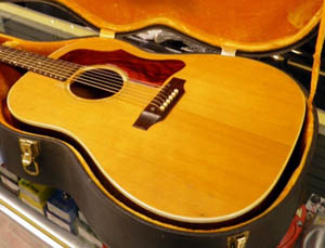 1960s Gibson J50  usedguitarcom