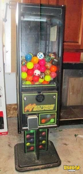 Extreme Bounce Ball Bulk Toy Vending Machines For Sale