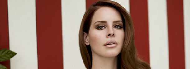 What' s the real name of Lana Del Ray?