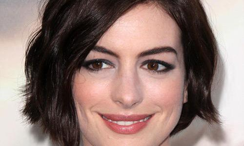 9 fun facts about Anne Hathaway! (List)