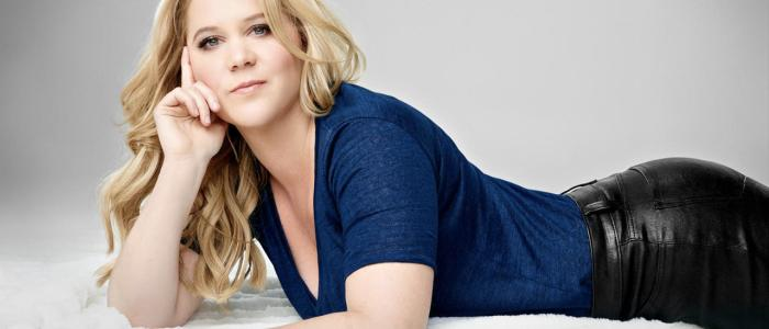 12 amazing facts about Amy Schumer! (List)
