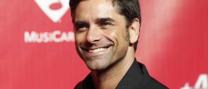 20 interesting facts about John Stamos! (List)