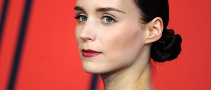 32 interesting facts about Rooney Mara! (List)