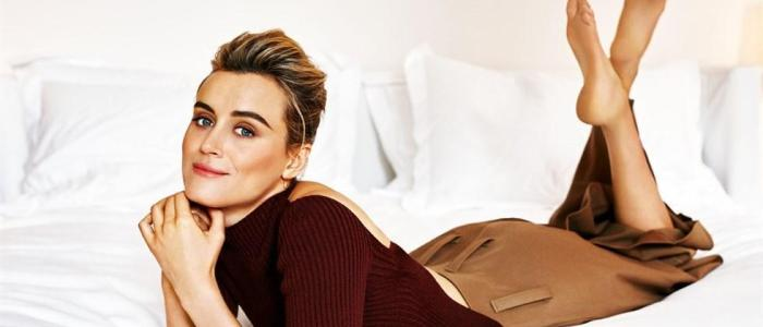 Taylor Schilling Trivia: 18 interesting facts about the actress!