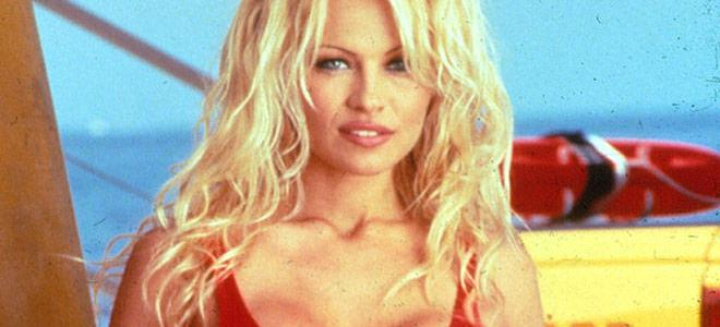 Pamela Anderson Trivia: 62 fascinating facts about the actress!