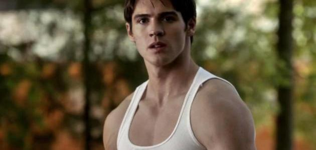 Steven R. McQueen Trivia: 17 fun facts about the actor!
