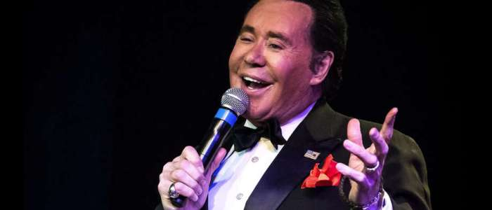 20 facts about the «Midnight Idol» Wayne Newton